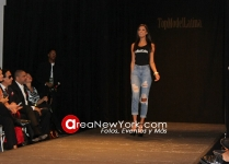 10-12-2016 Top Model Latina Desfile Presentacion