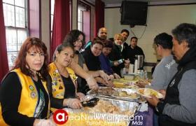 La comunidad de adultos mayores de Queens se beneficia de la solidaridad de diferentes organizaciones
