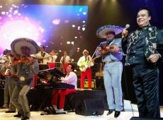 Juan Gabriel regresa con su gira Volver en 2015